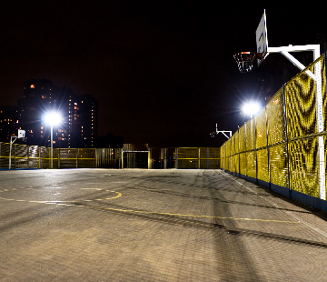obtrusive light control on outdoor basketball courts